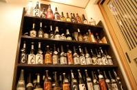 「つくし」のボトル棚